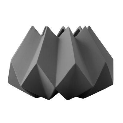 folded-vase-s-mrkegr