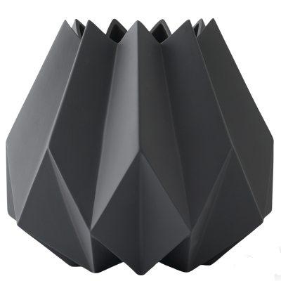 folded-vase-hj-carbon