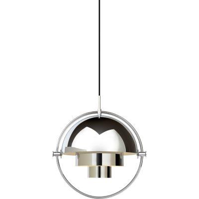 Multi-Lite pendel fra Gubi, designet af Louis Weisdorf. Med sin karakteristiske form skaber denne tidløse pendel et herligt lys i det rum, hvor du vælger at placere den. Lampen passer over sofabordet i stuen eller over spisebordet eller for sig selv. Multi-Line hr en delt yderskærm i cylinderform som kan roteres. Ringen i krom bliver en flot detalje og rammer lampen ind. Når man roterer lampen så kan lyset rettes i forskellige retninger - nedad, opad eller assymetrisk. En hvid ledning i tekstil medfølger samt en balakin i krom medfølger.