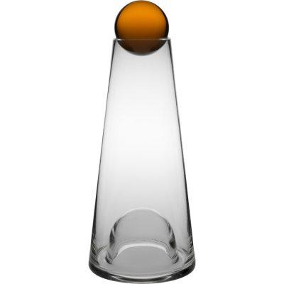 Fia karaffel fra Design House Stockholm er en enkel och funktionel karaffel med naturlig form. Ordet Fia kommer fra spillet