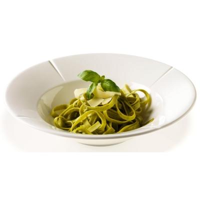 Grandu Cru pasta tallerken 25 cm fra Rosendahl. Smukke tallerkener fra Grand Cru-serien sætter maden i fokus og er flot på bordet. Tallerkenerne fremstillede af den fineste kvalitet af benporcelæn. Tåler mikroovn og opvaskemaskine og fås i flere modeller.