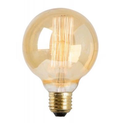 Golden Globe dekorationslampe fra Watt & Veke. En flot og dekorativ lyskilde som ikke skal skjules af nogen lampeskærm. Sæt lyskilden på en pendel og det bliver en enkel, men flot lampe. Lyskilden har guld belægning og giver et flot lys. Lampen beregnes have en lyslængde 2000 timer.