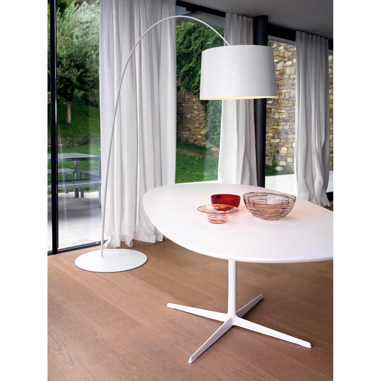 Twiggy gulvlampe, hvid från Foscarini - Køb møbler online på ROOM21.dk