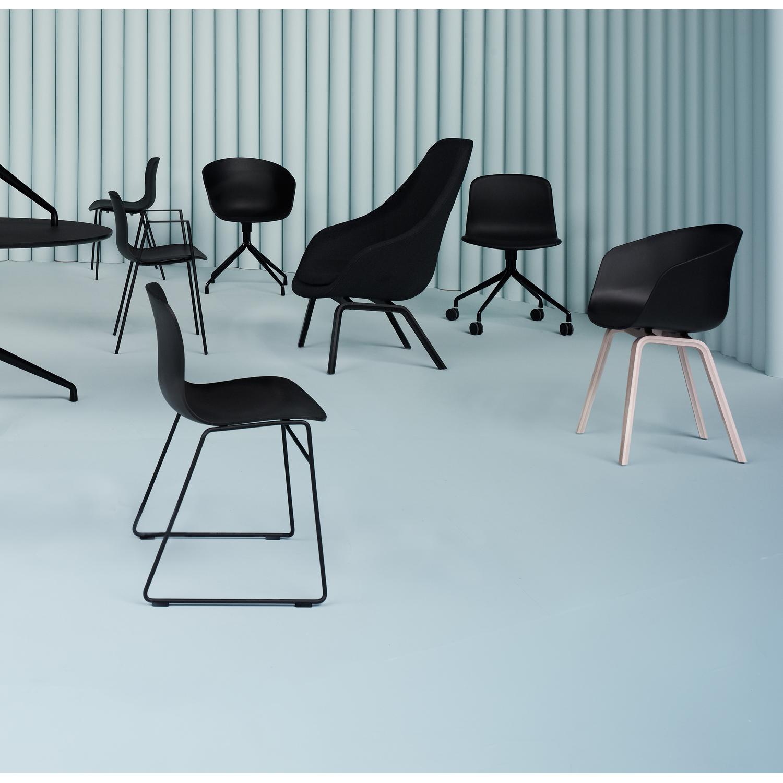 About a chair, hvid, egben från hay   køb møbler online på room21.dk