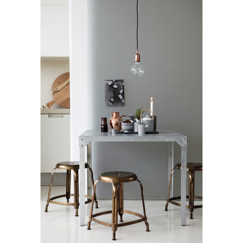 House doctor   køb møbler online på room21.dk