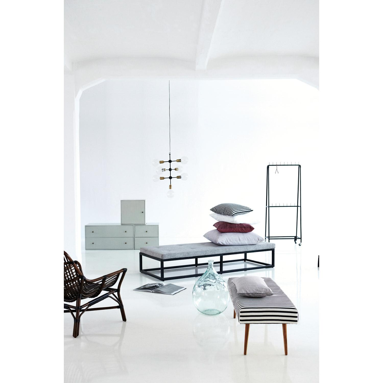 Stripe pudebetræk 50x50, sort/hvid – House Doctor – Køb møbler ...