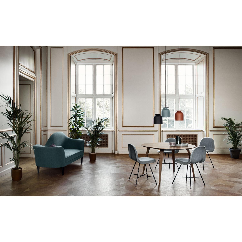 Gubi spisebord, valnød – Gubi – Køb møbler online pÃ¥ ROOM21.dk