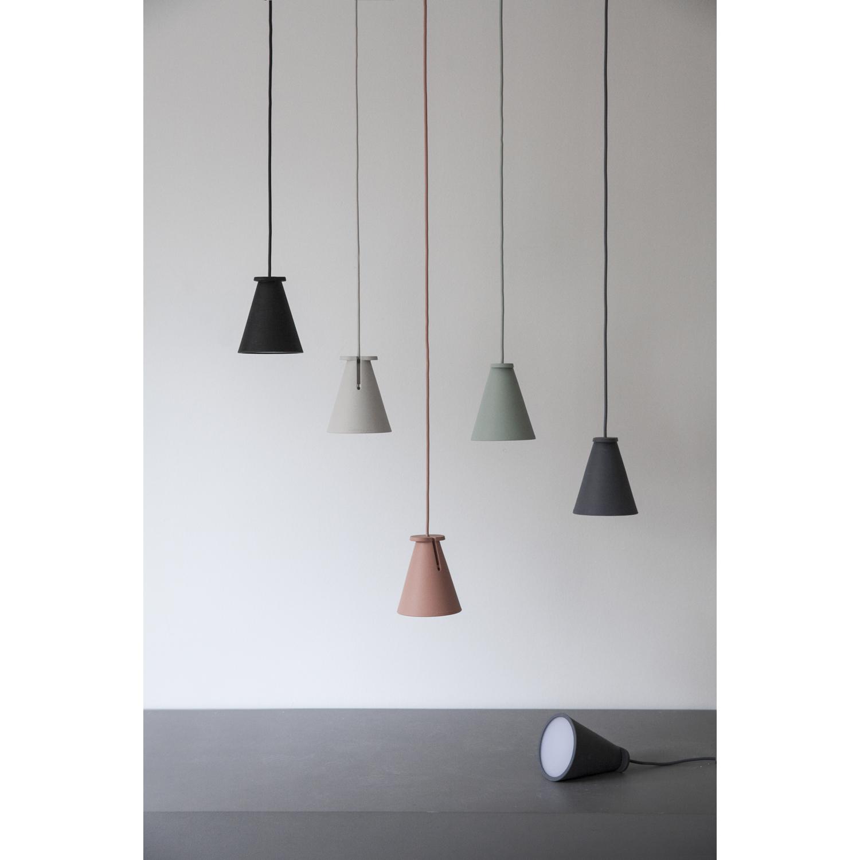 Bollard lampe, carbon – Menu – Køb møbler online pÃ¥ ROOM21.dk