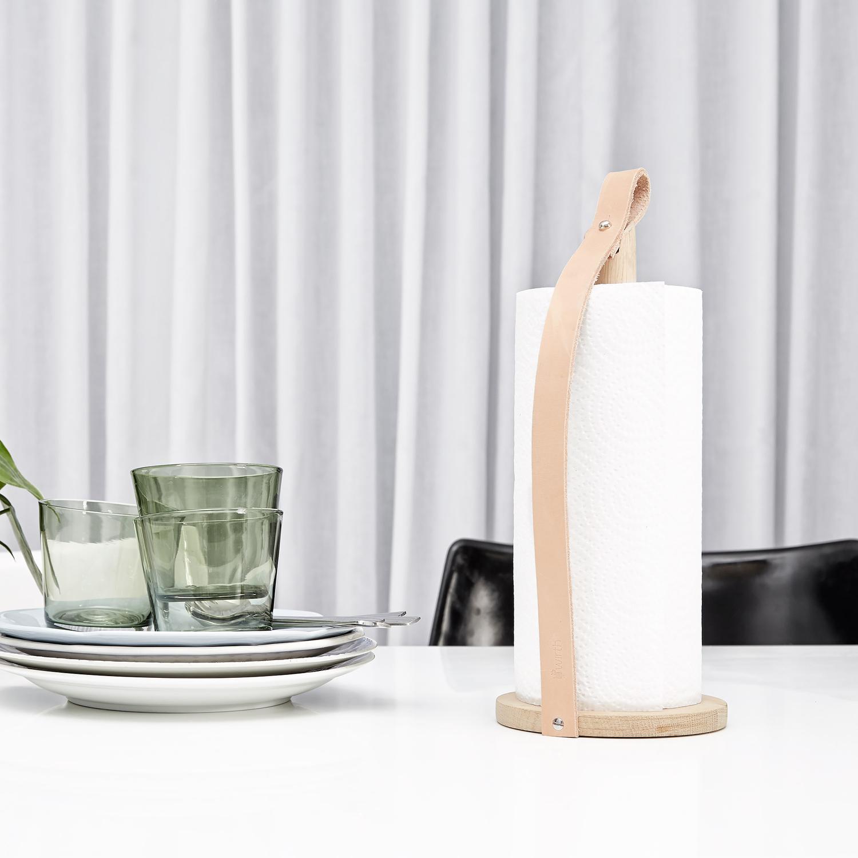 Hands on køkkenrulleholder, lyse eg – by wirth – køb møbler online ...
